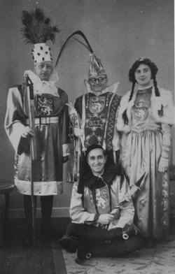 Prinz Willi i. mit Dreigestirn 1950